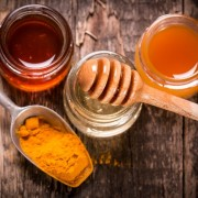curcuma-e-miele-ridotta